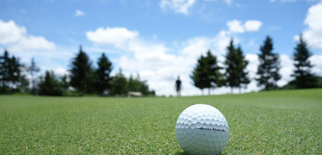 Stretch Your Way to Better Golf - Ryan Niffenegger, PGA - Rockford Country Club - fit815 Magazine