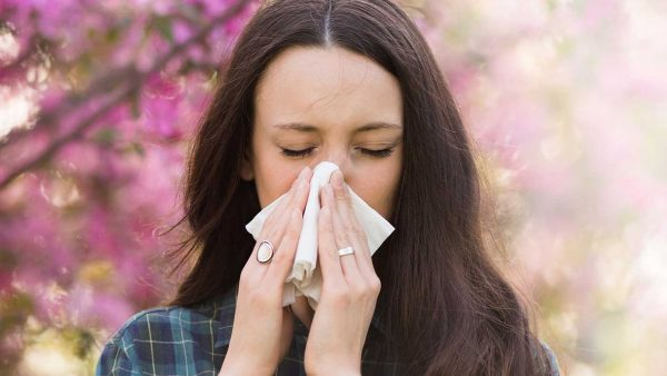 Springtime Living is Sneezy - Tanya Munger - fit815 - FitMe Wellness - Rockford Illinois